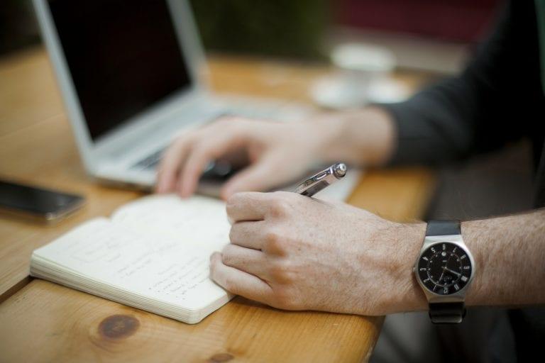 """על כנות, """"מילוי כותרות"""", ו""""חוויית המשתמש"""" של המראיין/ת, שלוש עצות בונות ותרגיל בנוגע להתנסחות בראיונות עבודה"""